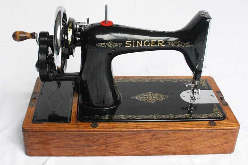 For Sale 40K Singer Hand Crank Sewing Machine With Reverse Adorable Singer Hand Crank Sewing Machine